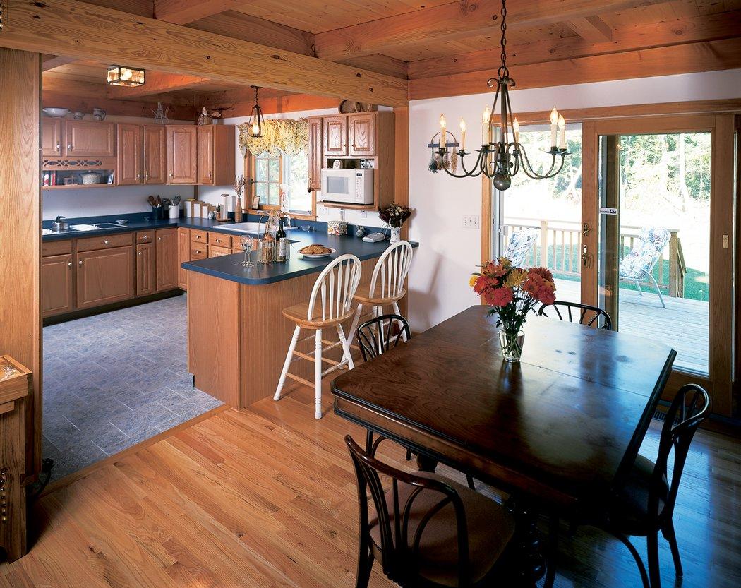 Фото интерьера кухни в частном доме